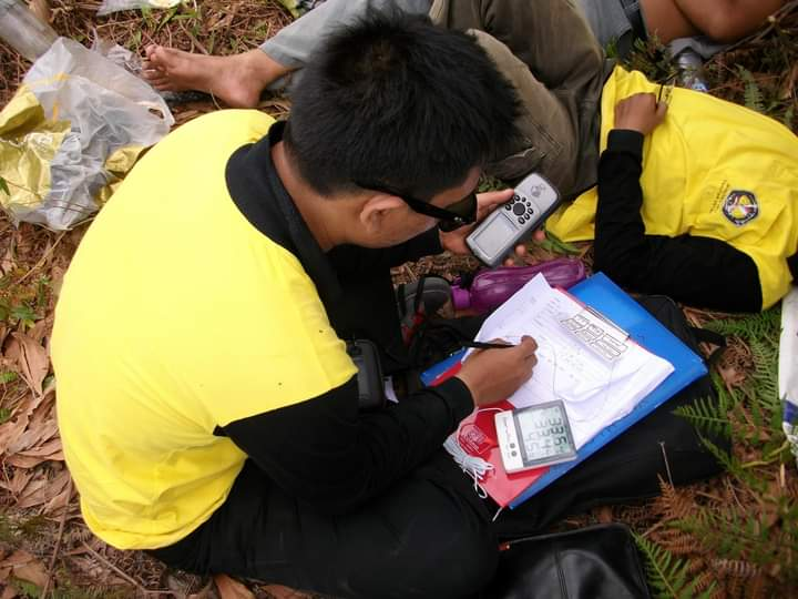 Kadar dan Sebaran Pencemaran Merkuri (Hg) Akibat Penambangan Emas Rakyat Di Lokasi Hutan Kerangas Kecamatan Mandor Kabupaten Landak